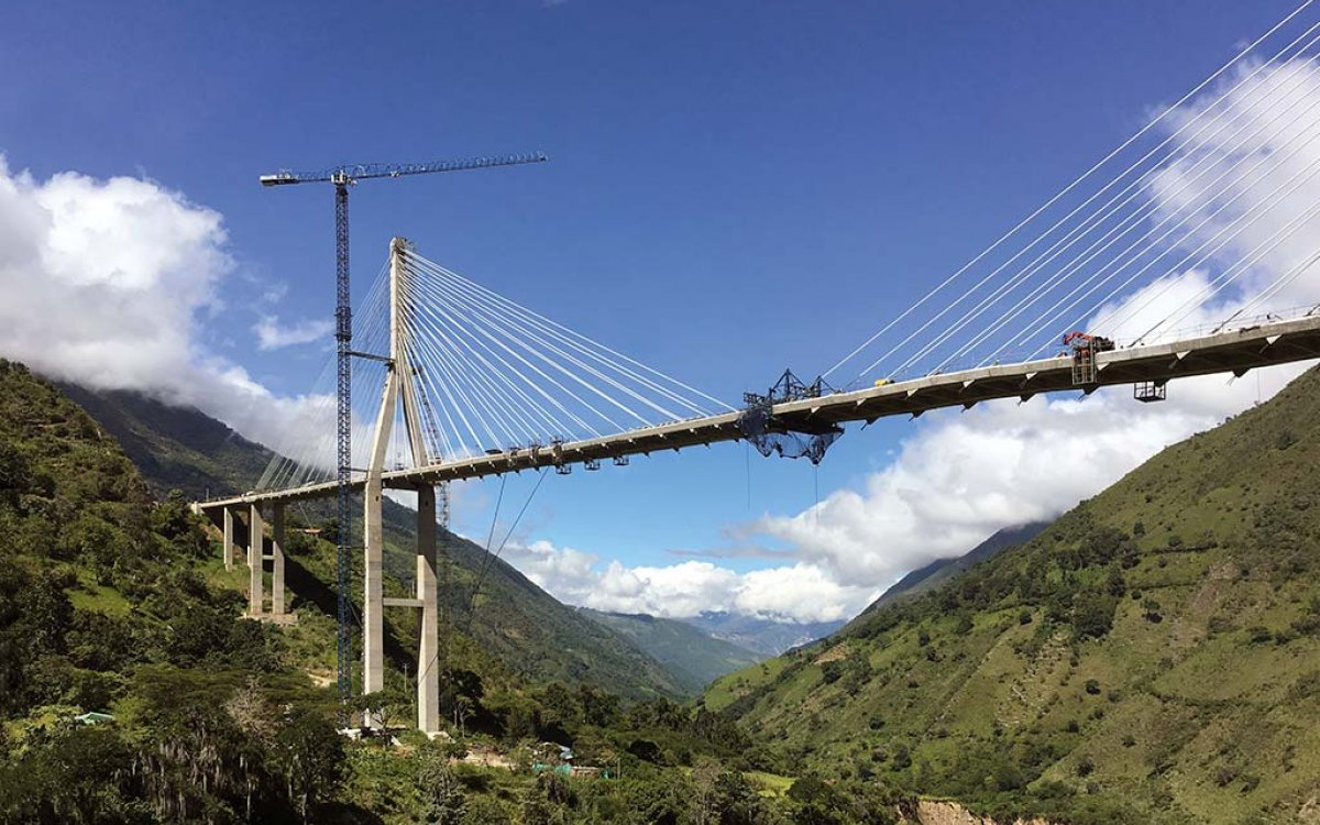 New segments and stays at Hisgaura Cable-Stayed bridge