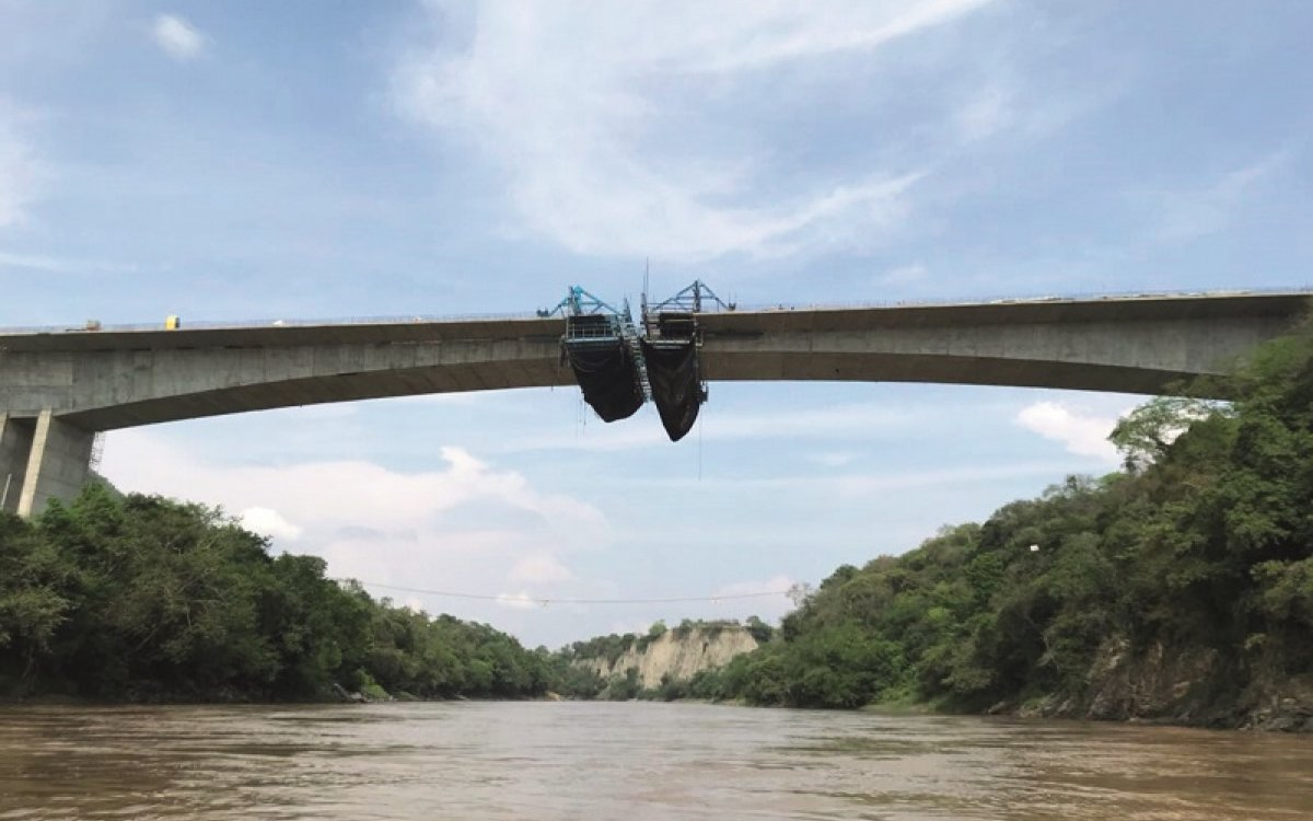 New Bridge over Magdalena River almost complete