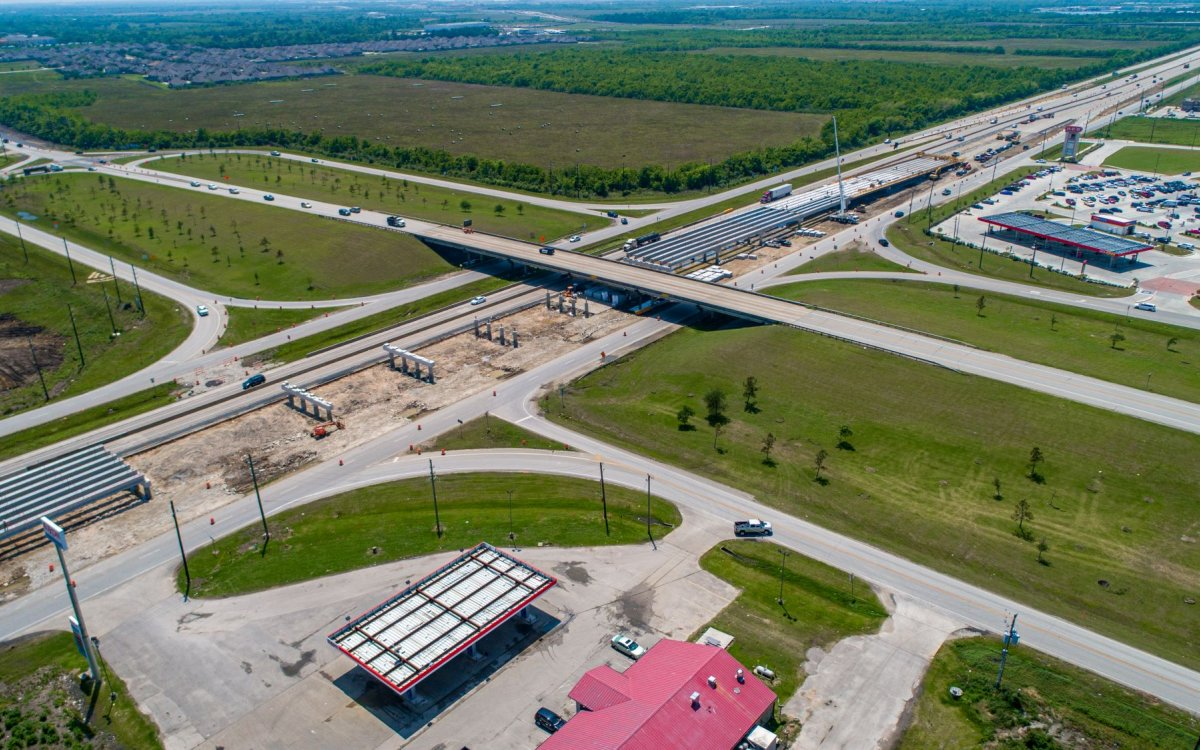 IH-10 Bridge at FM 3180 Interchange in Texas making progress